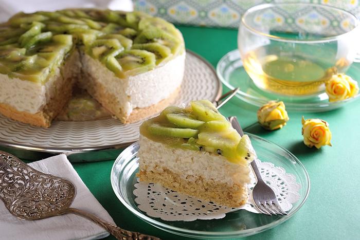 Apfel-Milchreis-Torte mit Kiwis
