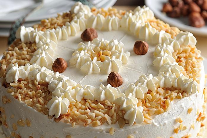 Haselnuss-Birnen-Torte_03-spot-700x467