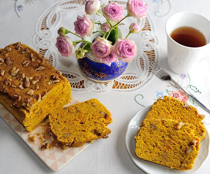 Kürbis-Chai-Kuchen mit Walnüssen (gf)