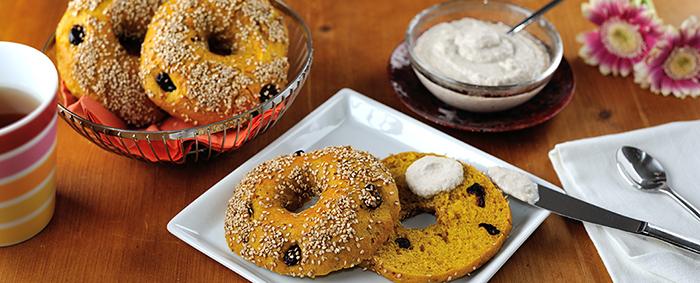 Süßkartoffel-Cranberry-Bagels-700x283