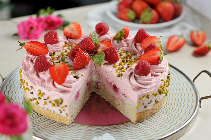 Berry-Creamy-Cheesecake