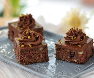 Oatmeal-Brombeer-Brownies