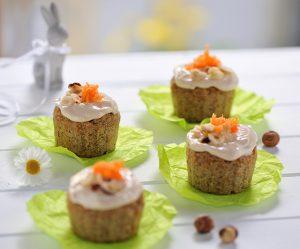 Karottenmuffins mit Frischkäsecreme