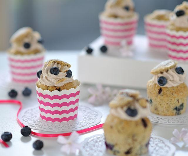 Heidelbeer-Haselnuss-Cupcakes