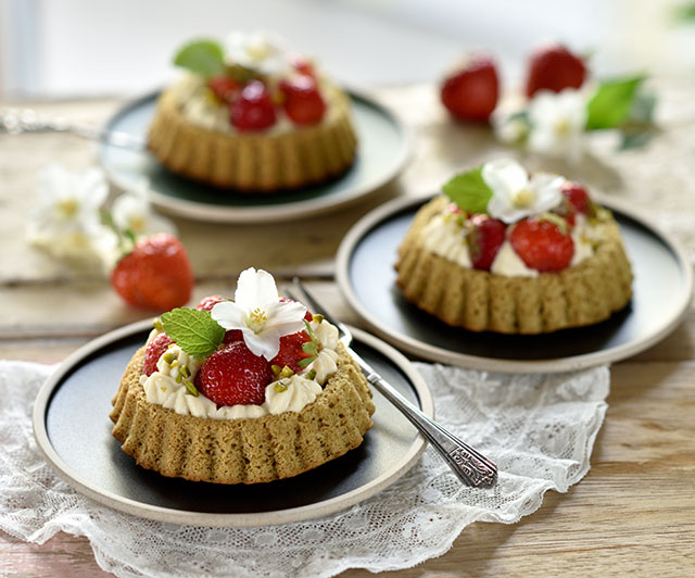 Erdbeer-Kürbiskern-Tartelettes