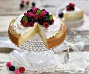 Zitronen-Cheesecake_mit_Beeren
