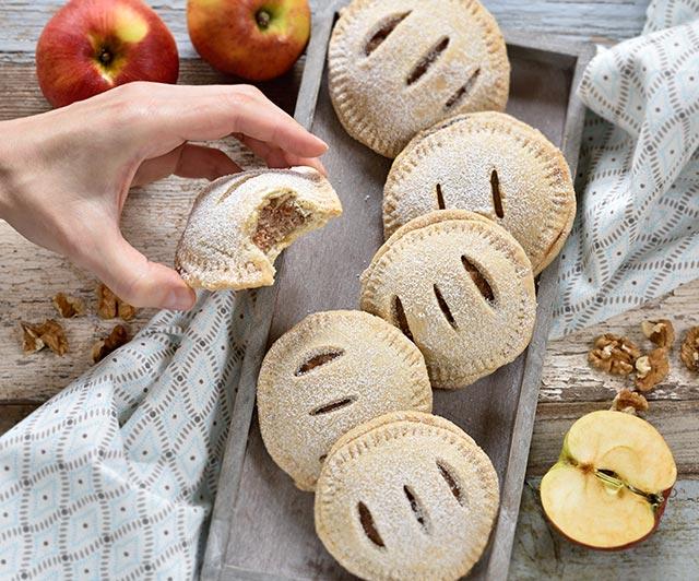 Apfel-Walnuss-Taschen