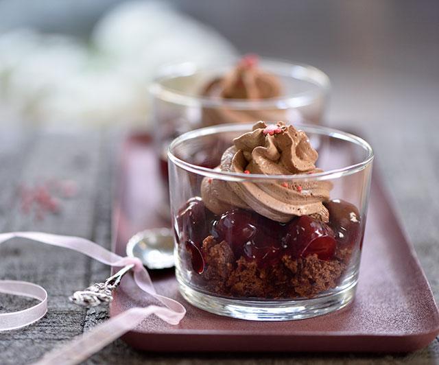 Schoko-Tonka-Kirsch-Dessert