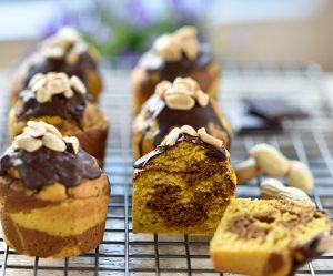 Karotten-Erdnuss-Marmor-Muffins