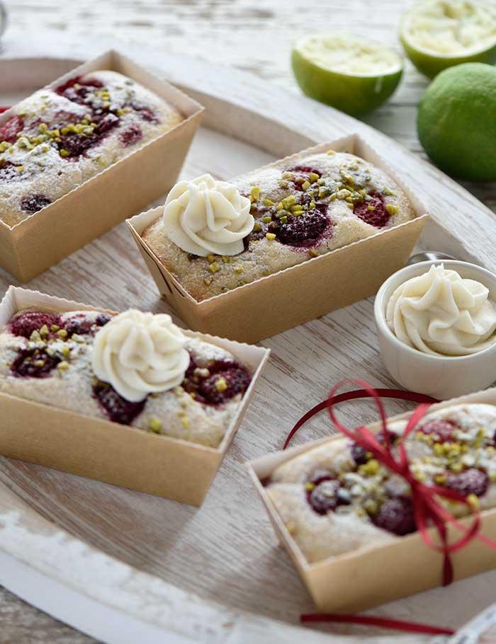 Himbeer-Limetten-Kuchen mit Weiße-Schoko-Frischkäse-Creme