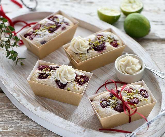 Mini-Himbeer-Limetten-Kuchen mit Weiße Schoko-Frischkäse-Creme